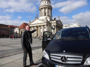 Private Berlin guide with Mercedes-Benz luxury minivan at Gendarmenmarkt Berlin